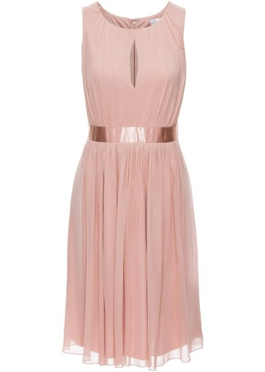 designer-coolste-kleid-rosa-design
