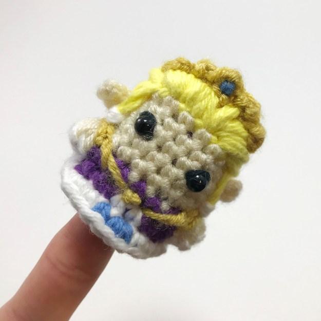 Zelda_Square_0003_5-Zelda-Crocheted