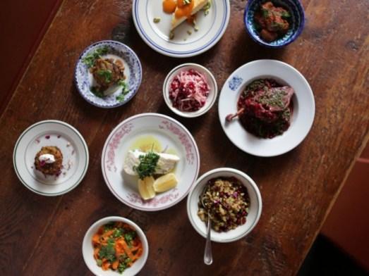 persian-hanukkah-dinner-700x525