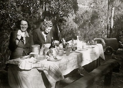 Olive Allan and relatives