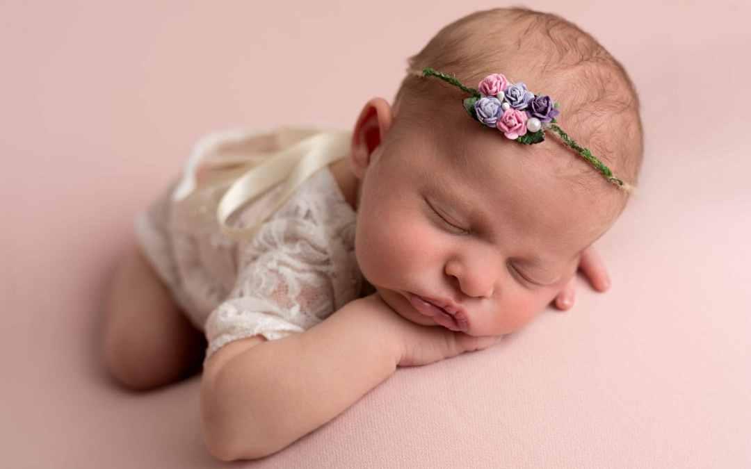 newborn photographer Horsham