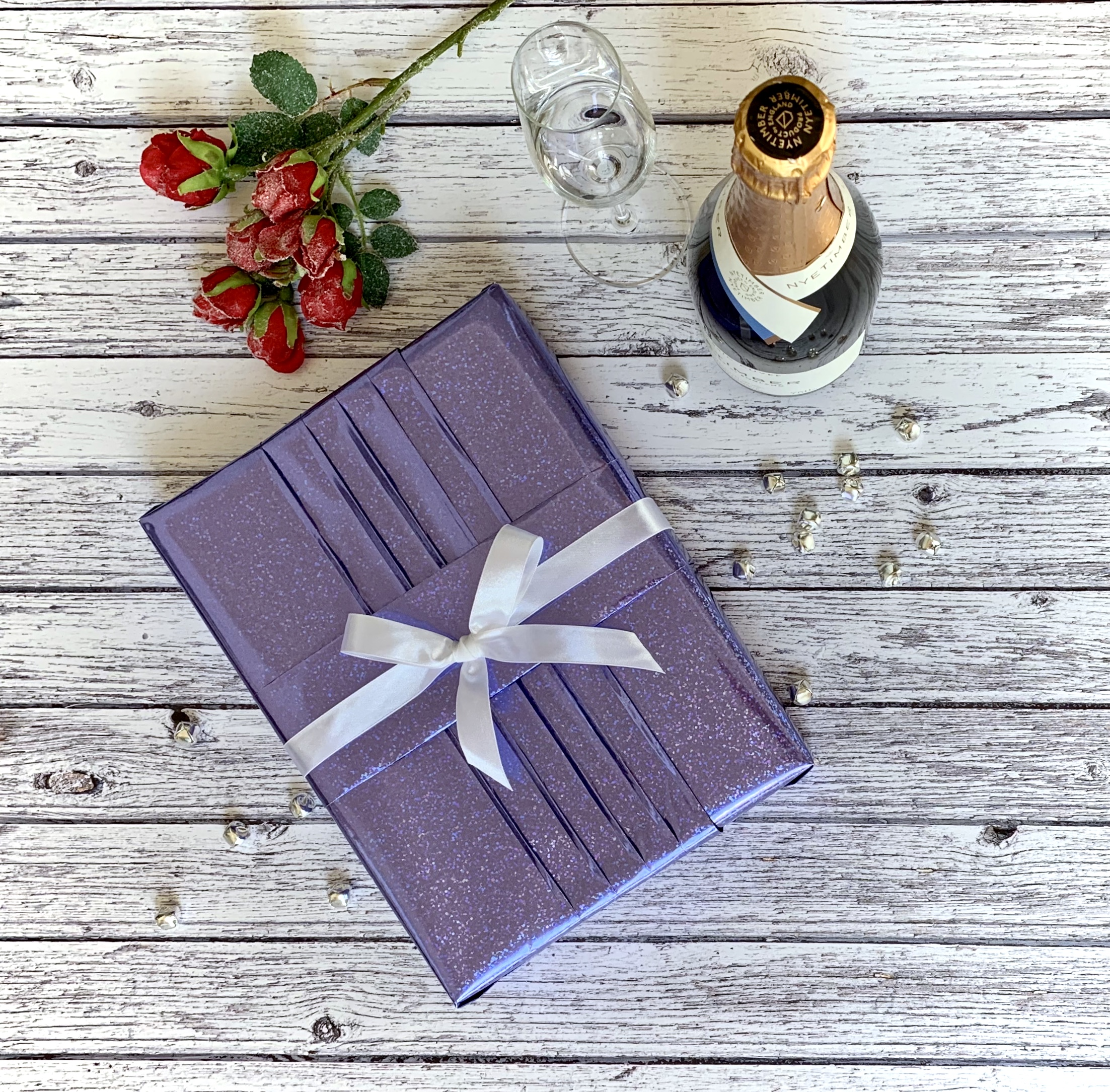 Giftwrapping for a special gift can still be simple