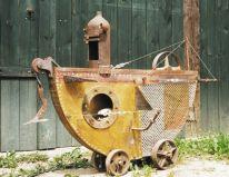 U-Boot/Zentaur | 1994, Metall/Holz/Knochen | 100 x 130 x 60 cm