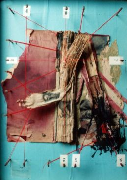 Das Innere vom Rest | 2005, Materialcollage | 70 x 50 x 11 cm