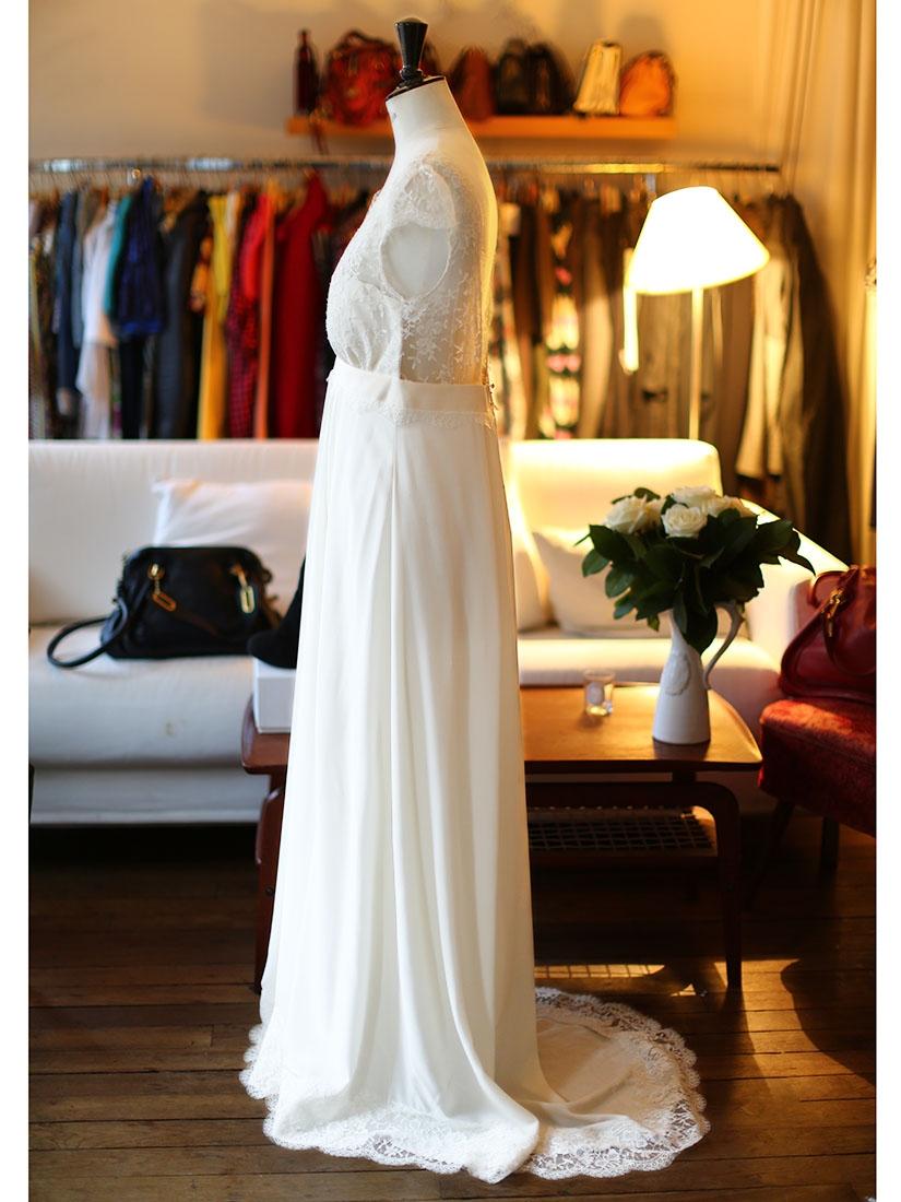 Louise Paris  LAURE DE SAGAZAN RUIZ ecru white fine lace and silk wedding dress Retail price