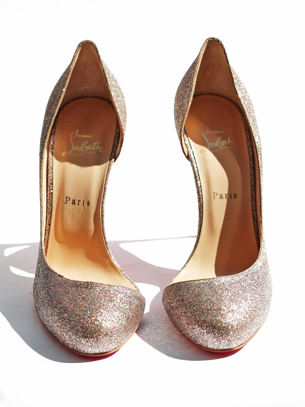https://i0.wp.com/louiseparis.fr/9286/christian-louboutin-escarpins-stiletto-glitter-helmour-a-paillettes-multicouleur-px-boutique-450-taille-41.jpg