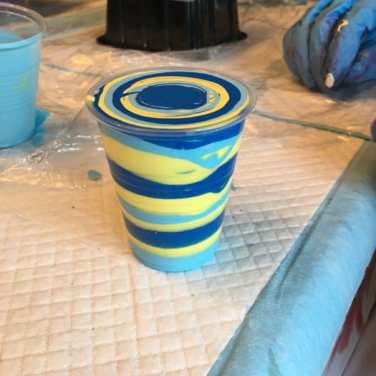 Blues and yellow pour