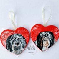 Furever friends painted on hearts.