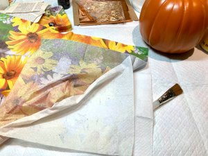 Three layers in paper napkins