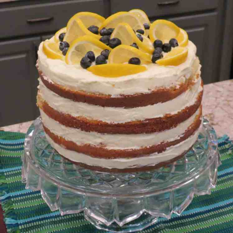 Lemon Curd in Queen Cake