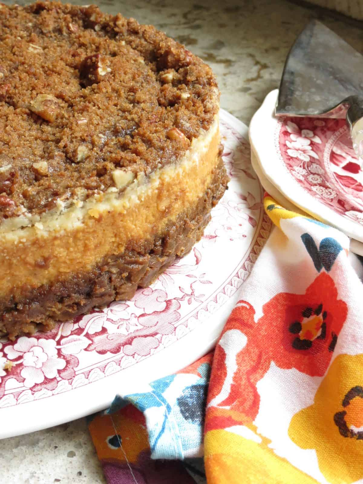 Pumpkin Cheesecake With Pecan Streusel
