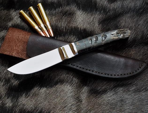 Integral skinning knife Maurus