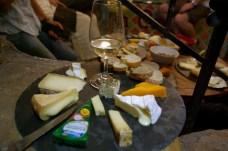 La-Cave-Cotignac-Didier-wine-cheese-masterclass-004