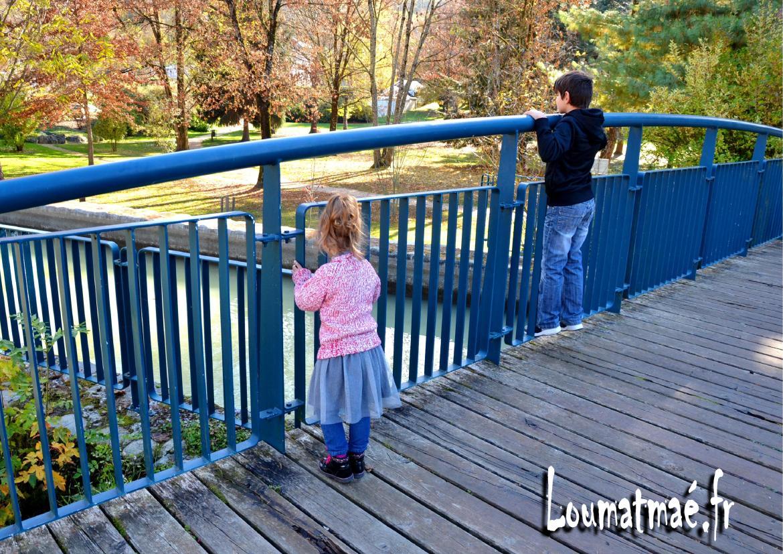 Pont du parc au dessus du Bréda