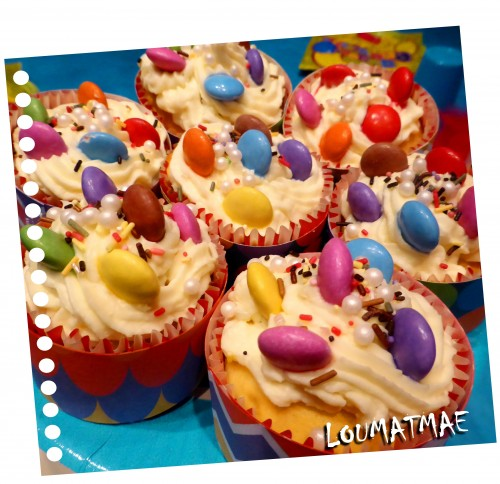 cup cakes smaties