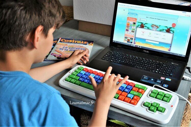 clavier clevy adaptable sur pc portable pour enfant dys