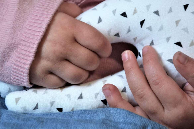 doudou original lapin tissu triangles kilucru