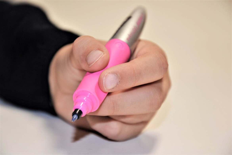 stylo roller adapté aux gauchers