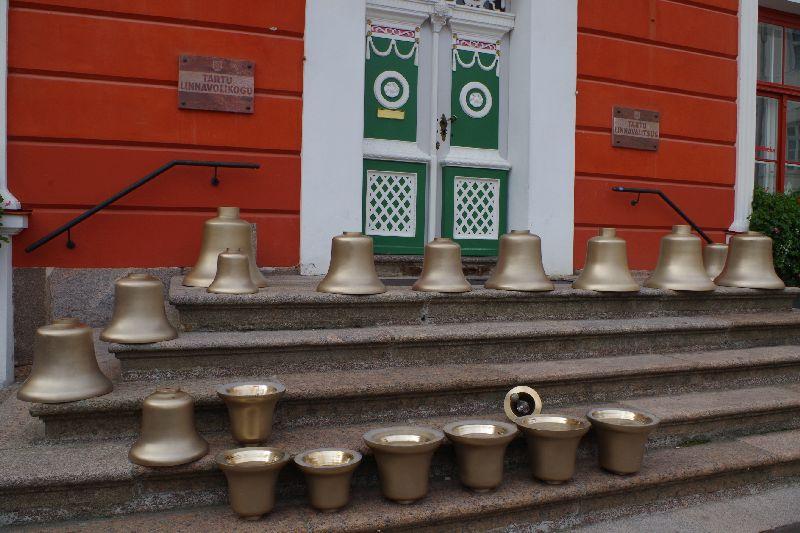 a3a6b715908 Tartu raekoja uued kellad jõudsid koju. Video ja pildid - Lõunaeestlane