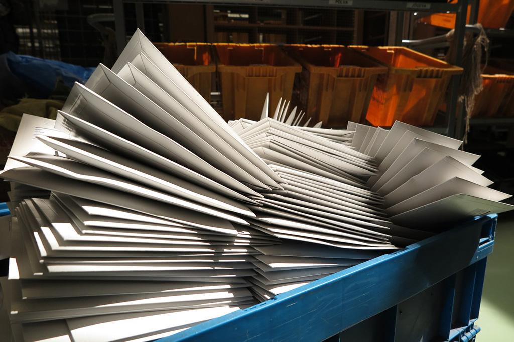 ERITEADE: Kohalikes kaubanduskeskustes jäävad avatuks 16 postkontorit üle Eesti