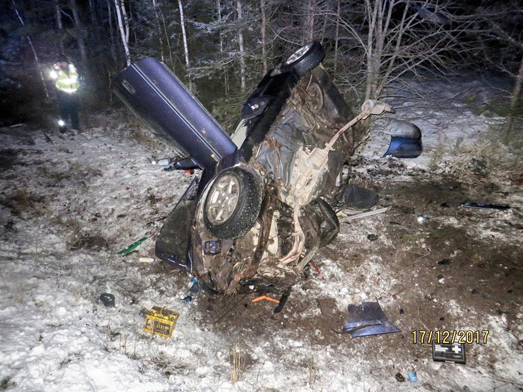 Karm liiklusõnnetus Põlvamaal: juht hukkus, auto rehvid ei vastanud nõuetele