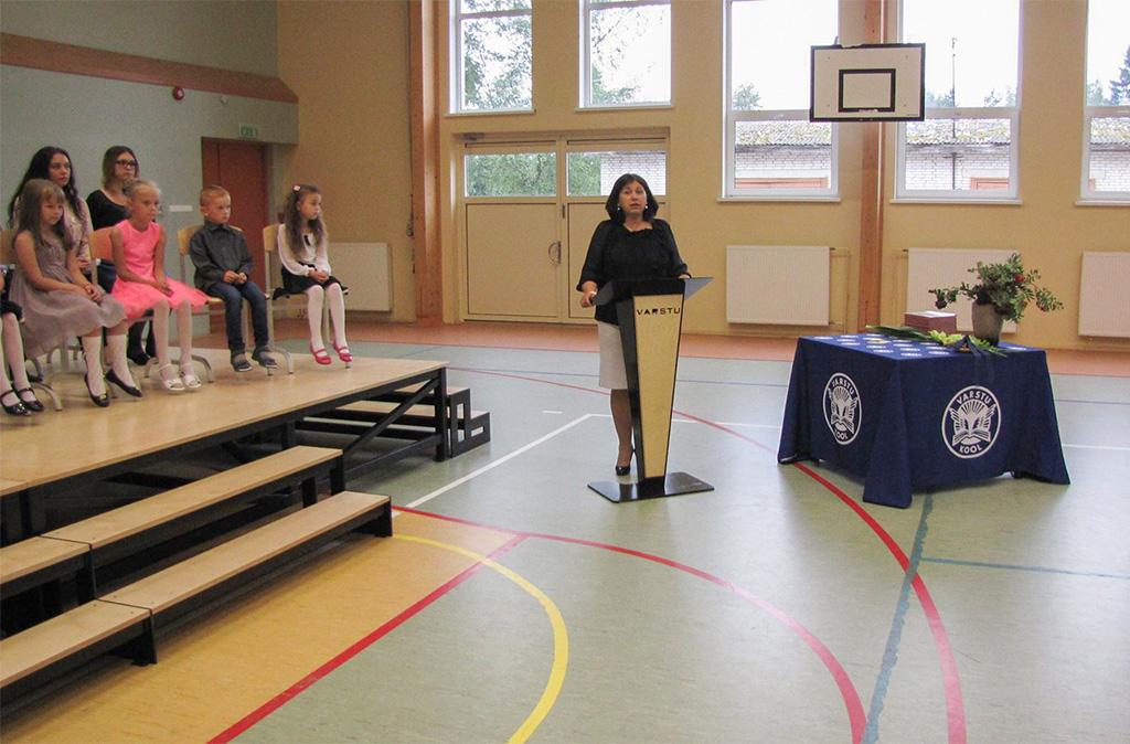 Töövaidluskomisjon tunnistas Varstu kooli direktori vallandamise õigustühiseks