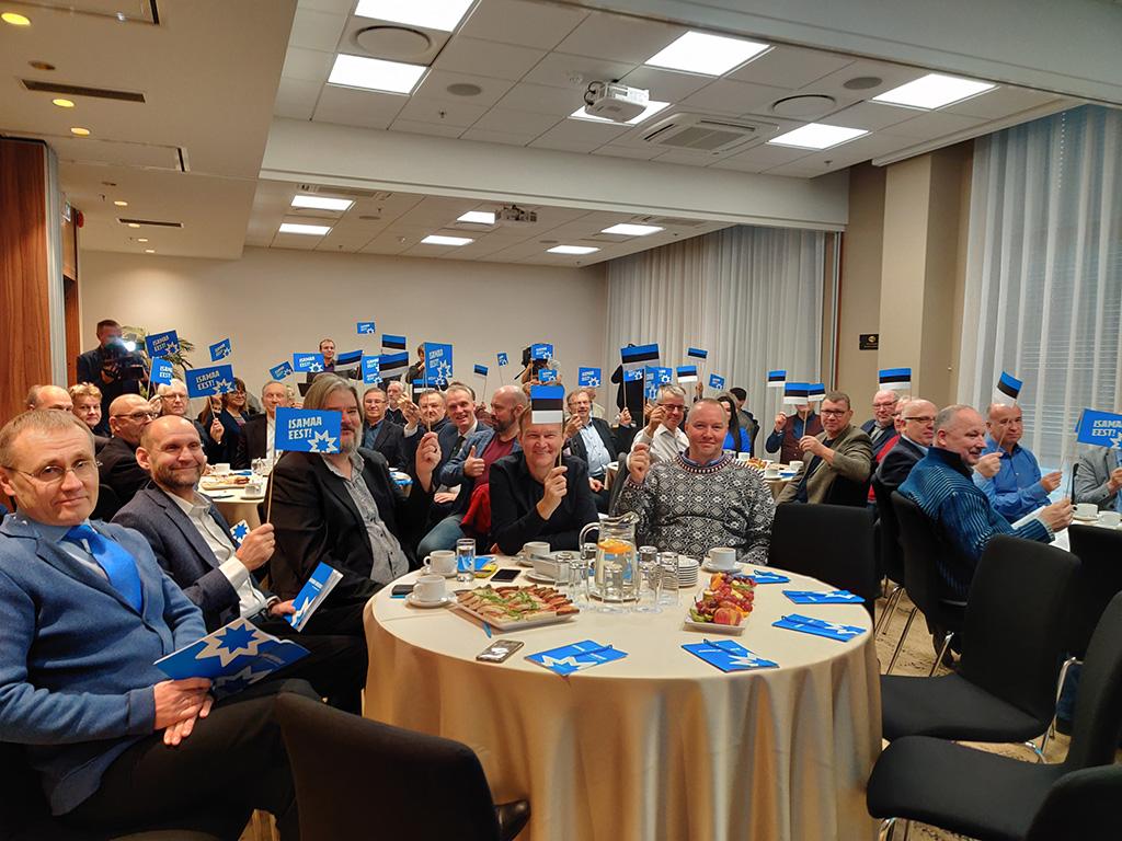 Isamaa: eestikeelsele haridusele üleminek peab jätkuma