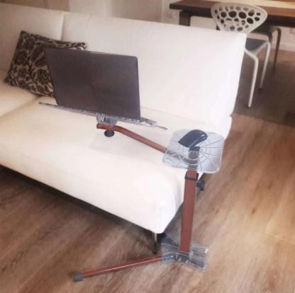 Lo stand per Notebook ergonomico completamente regolabile