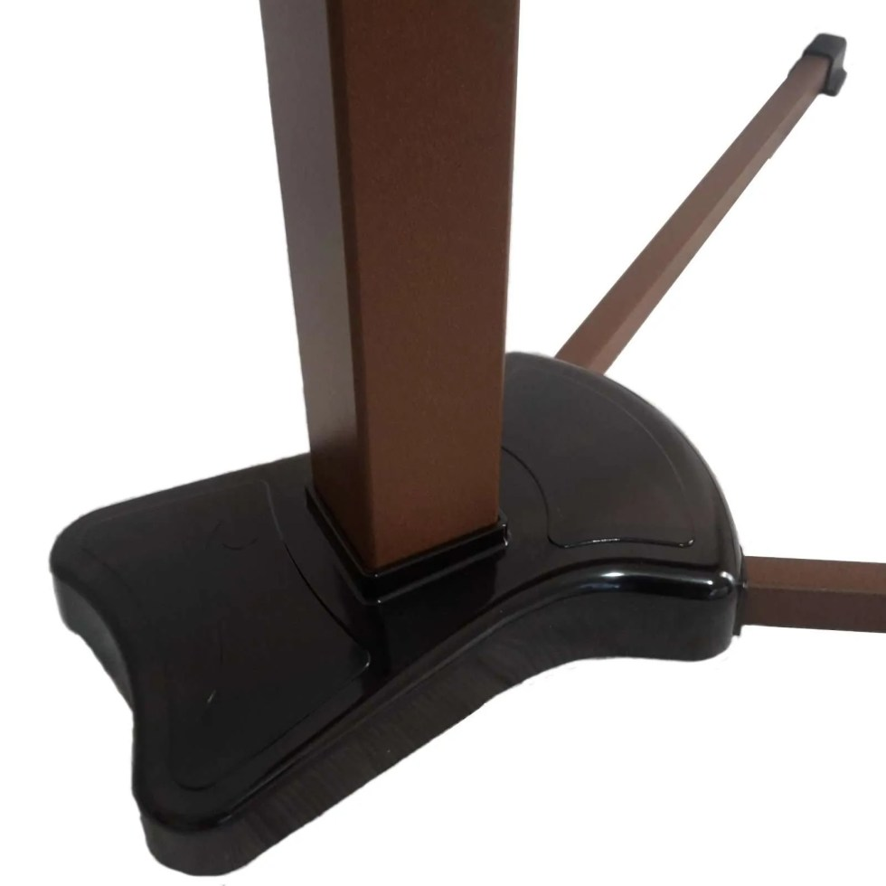 laptop support that slide easly under furniture thanks to the thin legs