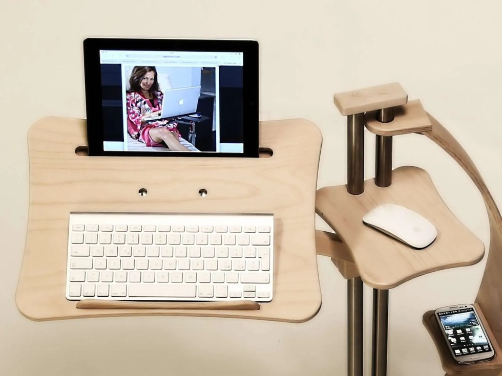 Loungewood is the perfect support also for tablet pc like iPad pro