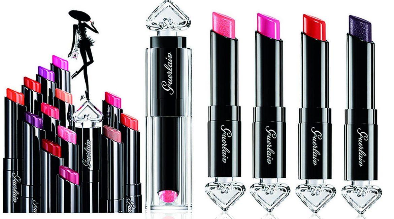 Guerlain-La-Petite-Robe-Noir-Makeup-scented-lipstick