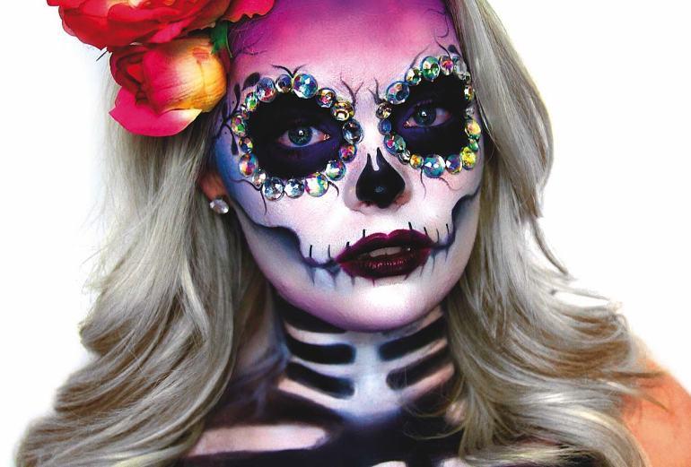 sugar skull Sugar Skull - najpopularniejszy motyw czaszki w makijażu 1