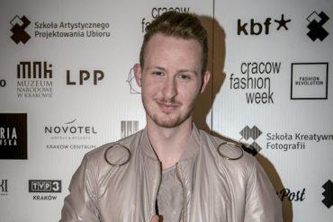 Piotr Popiołek wygrywa Cracow Fashion Awards Piotr Popiołek wygrywa Cracow Fashion Awards! 10