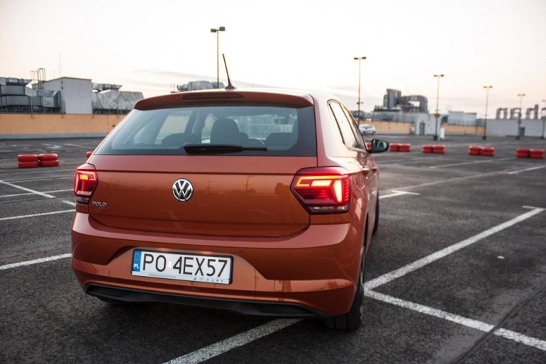 Volkswagen Polo - lekko zadziorna recepta nasukces [test] Volkswagen Polo - lekko zadziorna recepta nasukces [test] 4