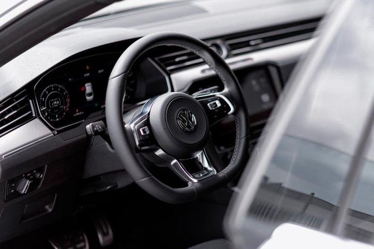 Volkswagen Arteon - nibs postaremu Volkswagen Arteon - niby postaremu, alejednak lepiej! [test] 3