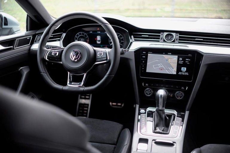 Volkswagen Arteon - nibs postaremu Volkswagen Arteon - niby postaremu, alejednak lepiej! [test] 6