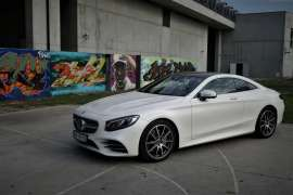 Mercedes S560 Coupe - osiągi, elegancja, prestiż.