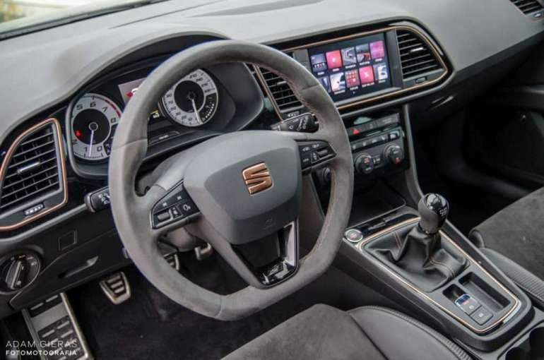 Minitest Seat Leon Cupra R – murowany youngtimer Minitest Seat Leon Cupra R – murowany youngtimer 5