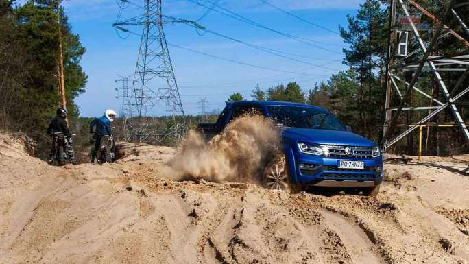 Wielkie starcie: Volkswagen vs Mercedes Kto zwycięży? [test] Wielkie starcie: Volkswagen vs Mercedes Kto zwycięży? [test] 5