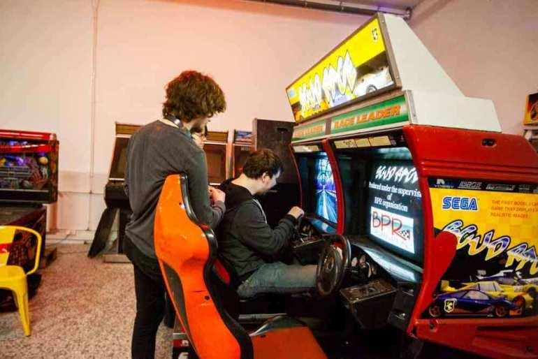 Nieprzegrane automaty: moda nastare gry powraca! Nieprzegrane automaty: moda nastare gry powraca! 2