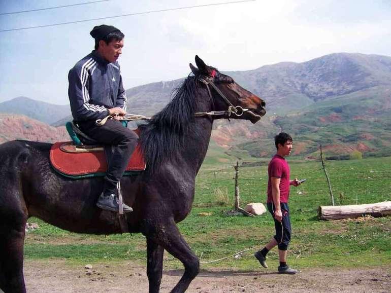 A może nawakacje doKirgistanu? Amoże nawakacje doKirgistanu? 4