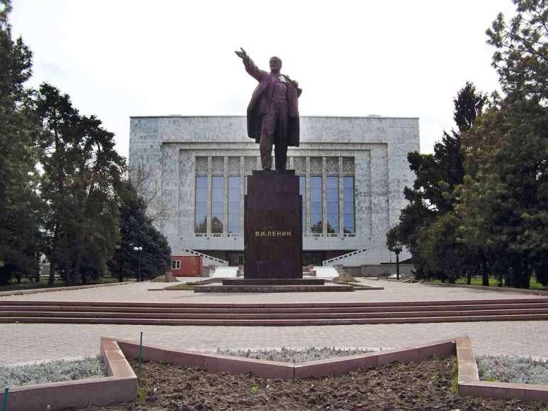 A może nawakacje doKirgistanu? Amoże nawakacje doKirgistanu? 1