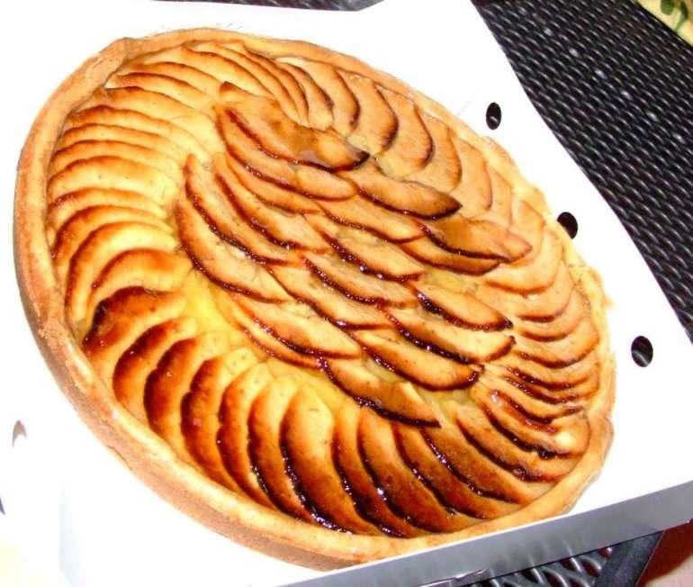 Jesienna tarta Jesienna tarta - gruszka, budyń, lawenda 1