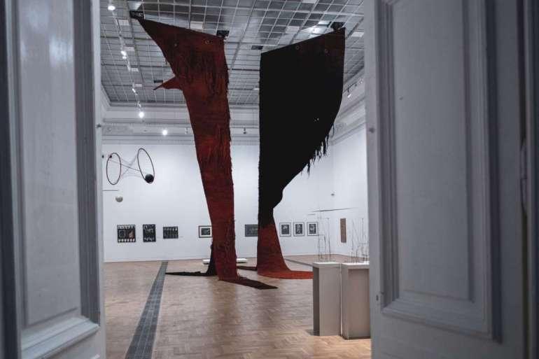Zachęta: Dwie długo wyczekiwane wystawy jednego dnia
