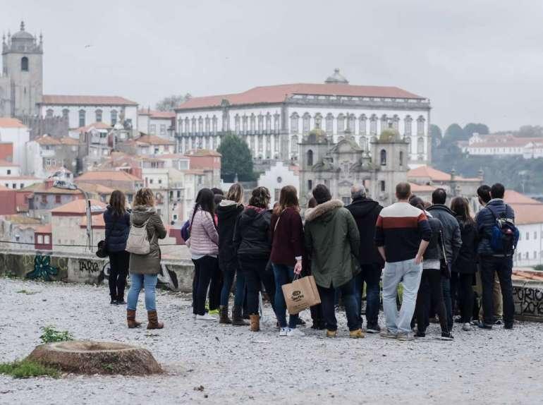 Porto Porto: Wino, ryby izachody słońca 3