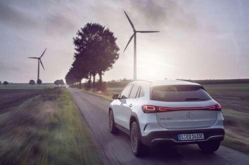 Elektryczny Mercedes EQA Elektryczny Mercedes EQA już wsalonach 1