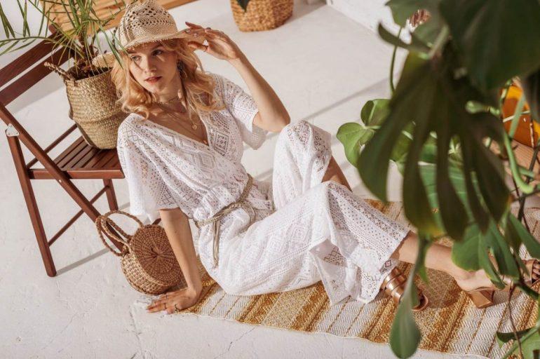 Sukienki damskie Sukienki damskie wstylu boho – jak je nosić wtym sezonie? 2