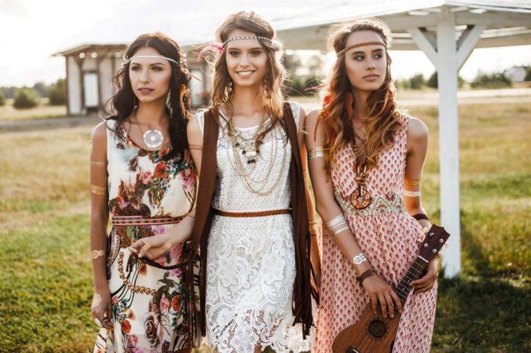 Sukienki damskie w stylu boho – jak je nosić w tym sezonie?
