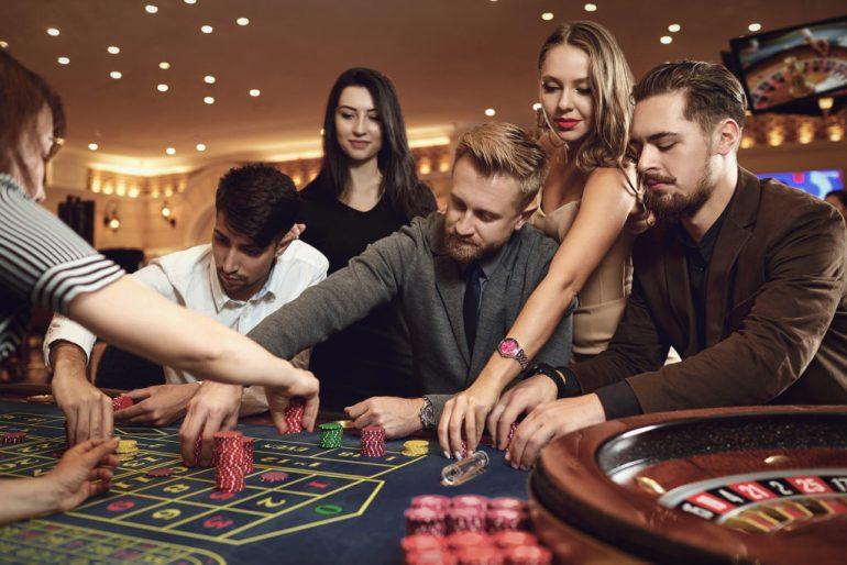 Celebryci z żyłką do hazardu