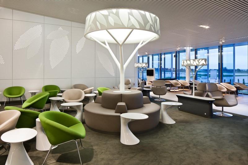 Lounge Review Air France Lounge at Paris Charles de Gaulle CDG T2EM  LoungeReviewcom